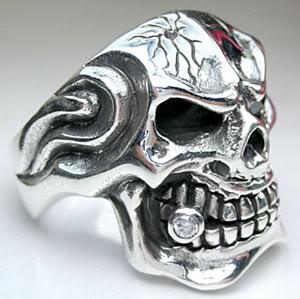 skull-emerald-rings-4