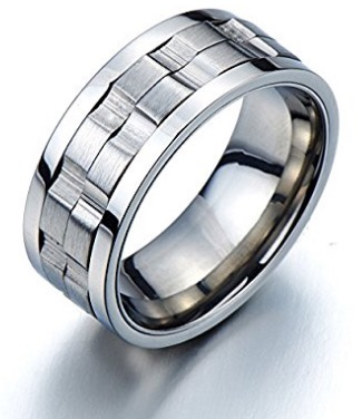 WI 16 Spinner Ring